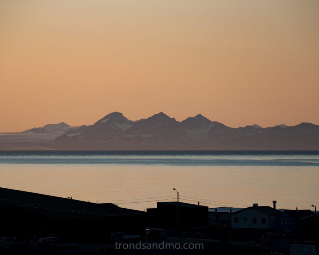 Evening view at Longyearbyen