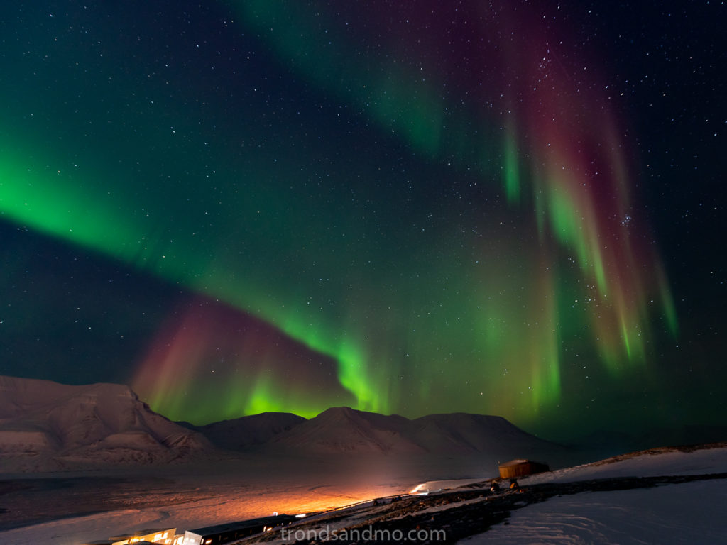 Aurora over Adventdalen